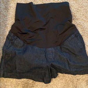 Loft maternity 4inch Jean shorts